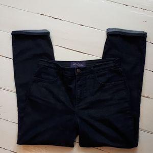 Made in USA. Size 10P NYDJ.  Dark wash